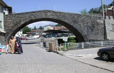 Tokat'taki Yılanlı Köprüsü'nün tahrip edildiği öne sürüldü!