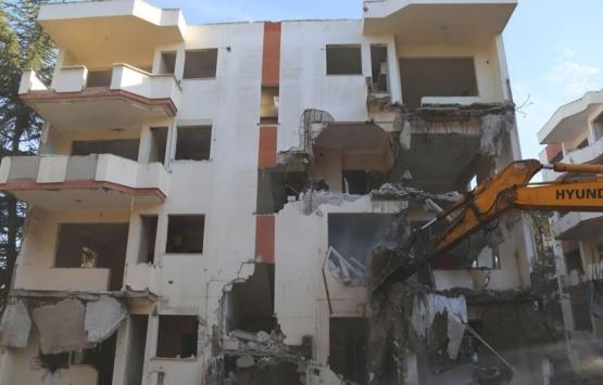 Büyükçekmece'de riskli 8 binanın yıkımı tamamlandı!