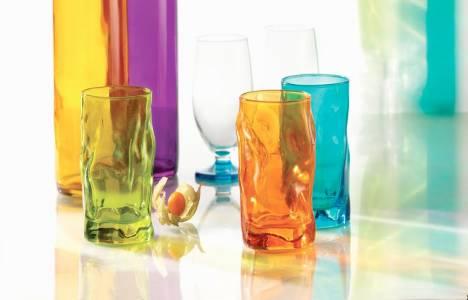 Özel tasarımlı rengarenk cam bardaklar Tantitoni'de!