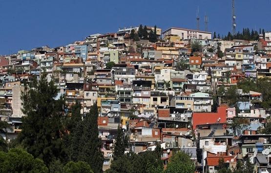 İzmir Konak'ta hasarlı ve riskli yapıların dönüşümünde hak kaybı yaşanmayacak!