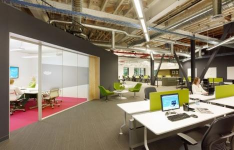 Yeni ofislerde verimli çalışmaya odaklanılıyor!