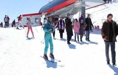 Erciyes'te kayak sezonu açılışında hizmetler ücretsiz olacak!
