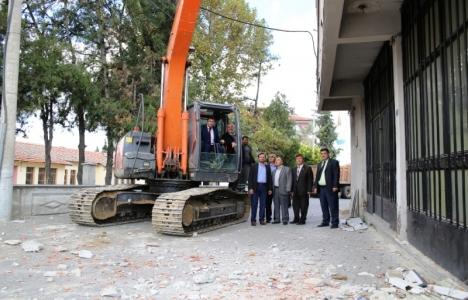 Kula Orhan Acar binası yıkılıyor!