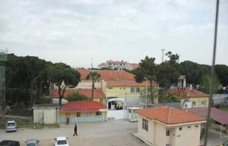 Burhaniye'deki eski cezaevi