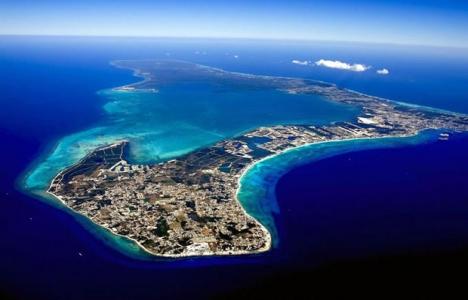 Cayman Adaları'na giden