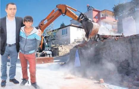 Cemal Polat, Zeki Bulut'un desteğiyle yeni bir evde yaşayacak!