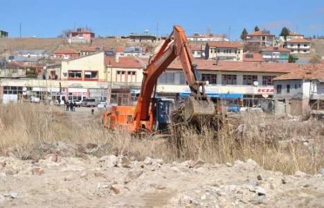 Pınarbaşı Devlet Hastanesi'nin inşaat çalışmaları engellendi!