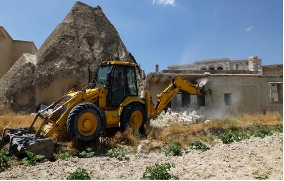 Kapadokya'da 17 yapının