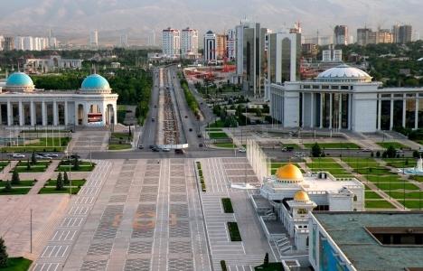 Türkmenistan'ın ilk alışveriş