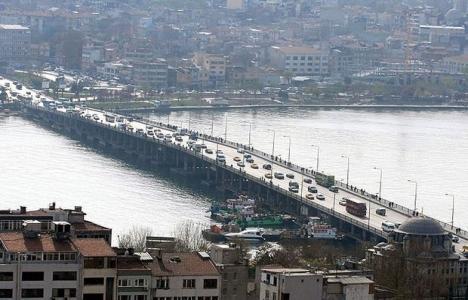 Atatürk Köprüsü 29 Mart'ta yaya ve araç trafiğine kapanacak!