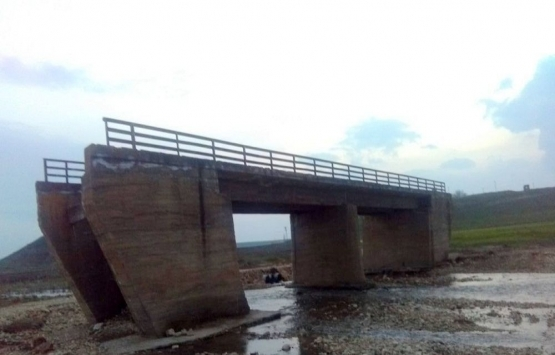 Diyarbakır ve Mardin arasındaki köprü 24 yıldır tamamlanmayı bekliyor!
