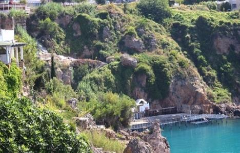 Antalya Lara'da kaçak
