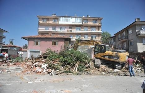 Altındağ Önder Mahallesi'nde yıkımlar sevindirdi!