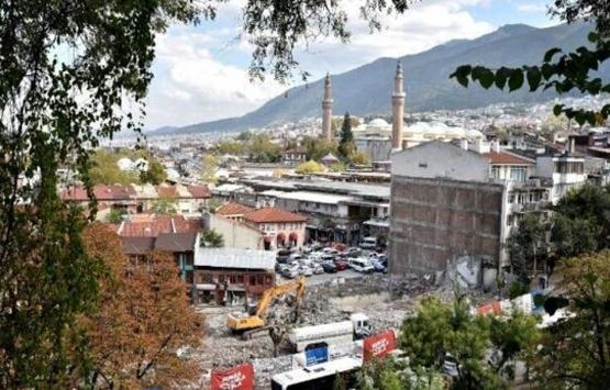 Bursa'da binalar tek tek yıkıldı! Ulu Cami'nin önü açıldı!