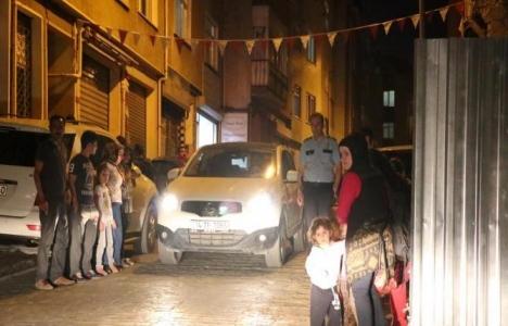 Beyoğlu'nda tedbirsiz inşaat nedeniyle binalarda çatlaklar oluştu!