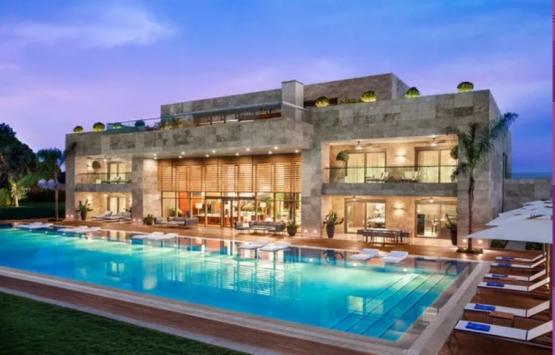 Jennifer Lopez Antalya'da kurşun geçirmez camlı villada kalacak!