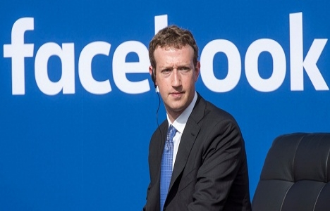 Mark Zuckerberg California'dan