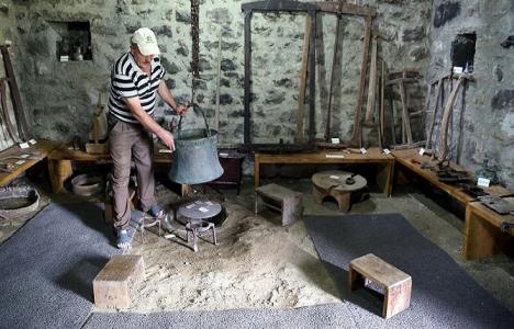 Düzköy Taşocağı'ndaki asırlık taş ev müze oldu!
