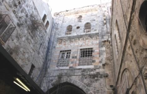 İsrailli arkeologlar, Kudüs'te 10 bin yıllık eve rastladı!