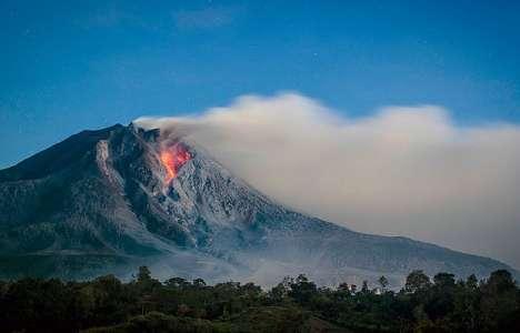 Endonezya'da Sinabung