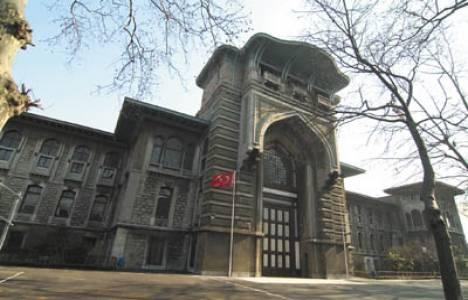 İstanbul Erkek Lisesi'nin 42 yıllık binası yıkılma tehlikesi yaşıyor!