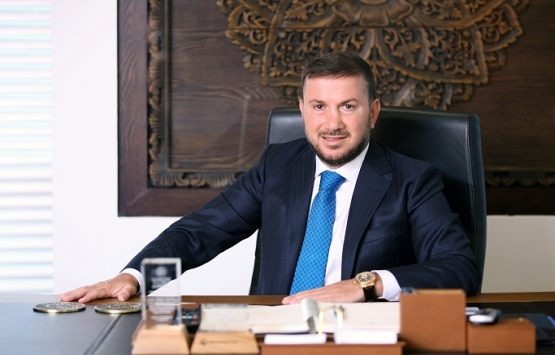 Özen Kuzu'dan Murat Kurum'a tebrik!