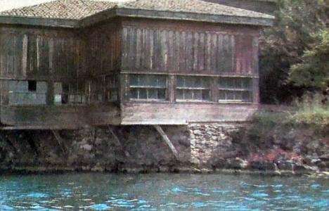 1995 yılında Amcazade Hüseyin Paşa Yalısı neredeyse kül olacakmış!
