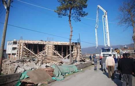 Kdz. Ereğli'de 20 yıllık muhtar köyüne üçüncü camiyi yaptırıyor!