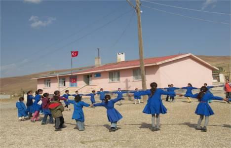 Ant Yapı'dan köy okullarına destek!