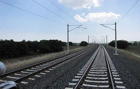 Karaman-Ulukışla demiryolu hattına