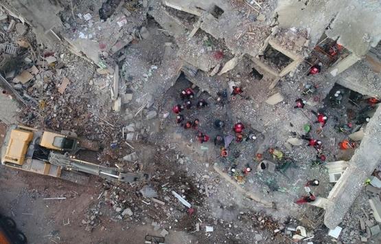 Elazığ'da inşa edilen deprem konutlarında çatlaklar görüldü iddiası!