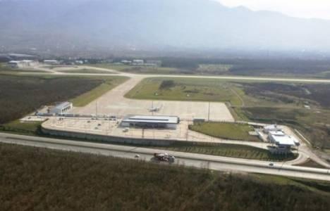 Cengiz Topel Havaalanı'na uçan kalmadı!
