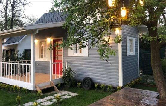 Tiny houselara koronavirüs ilgisi!