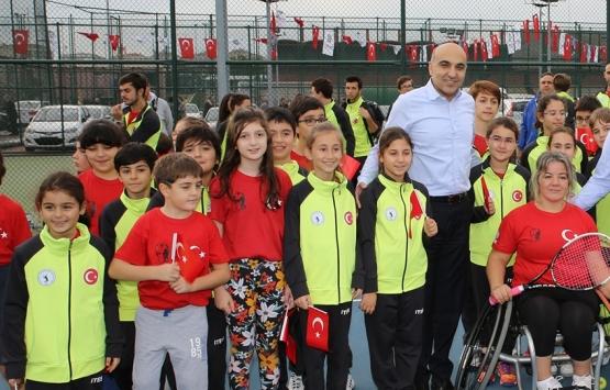 Bakırköyspor Vakfı binası arazisine 6 tenis kortu!