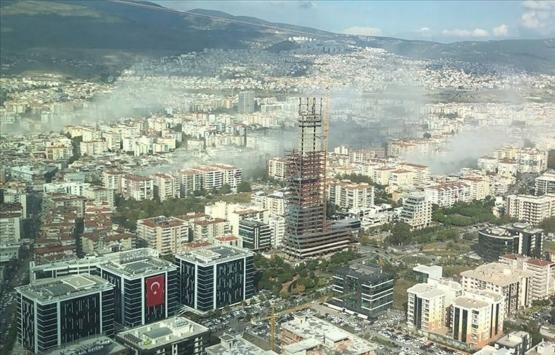 İzmir depreminde evi yıkılan aileye güçlendirme kredisi verildi!