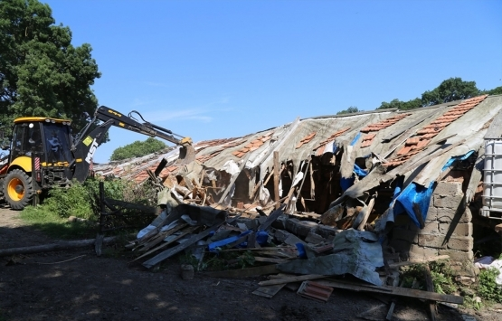İğneada'daki kaçak yapılar yıkıldı!