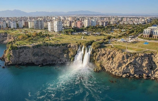 Antalya'da atıl oteller öğrenciye tahsis edilsin önerisi!