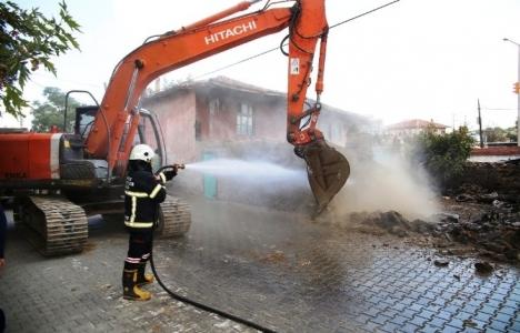Manisa Kula'da Orhan Acar Binası yıkıldı!