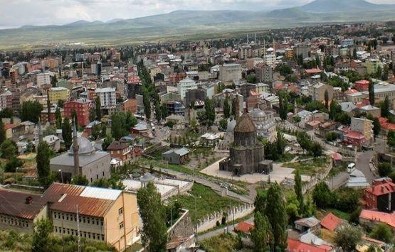 Kars'ta günlük kiralık ev fiyatları yükselişe geçti!