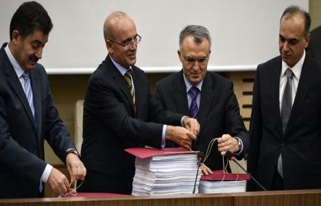 Mehmet Şimşek bütçe sonuçlarını açıkladı!