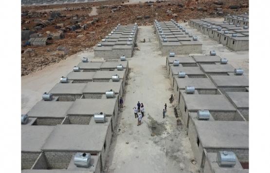 Deniz Feneri Derneği'nin İdlib'de inşa ettiği briket evlere aileler yerleştirildi!