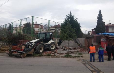İzmit'teki kaçak yapılar yıkılıyor!