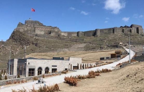 Kars'ta turistik yapılar restore ediliyor!