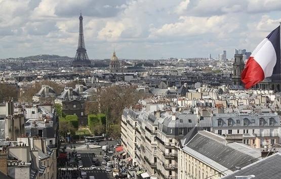Fransa'da Müslümanların açmak istediği okullara inşaat engeli!