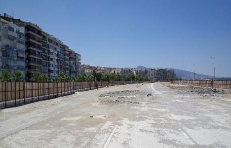 İzmir Mustafa Kemal Sahil Bulvarı'nda inşaat durdu mu?