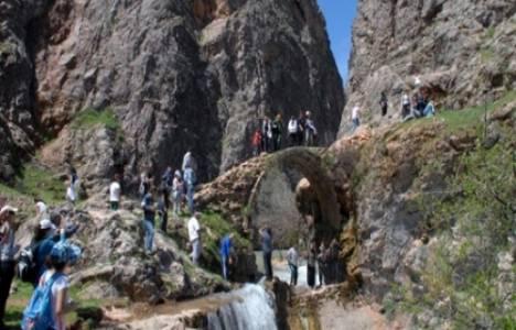 Rabat Kalesi ve Köprüsü arkeolojik Sit olarak tescillendi!