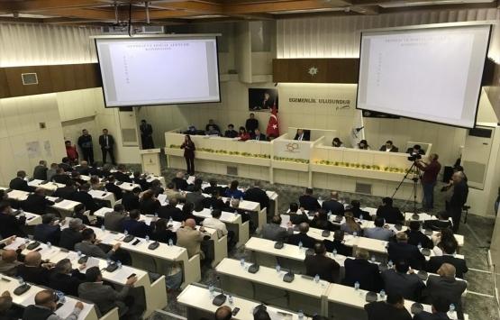 İzmir Büyükşehir Meclisinde 'gökdelen' tartışması!