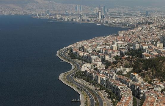 İzmir için uyarı! 7 üzerindeki depremde 70 bin bina yıkılacak!