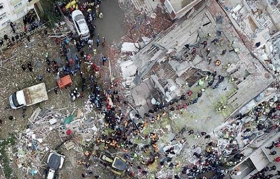 Kartal'daki çöken binaya