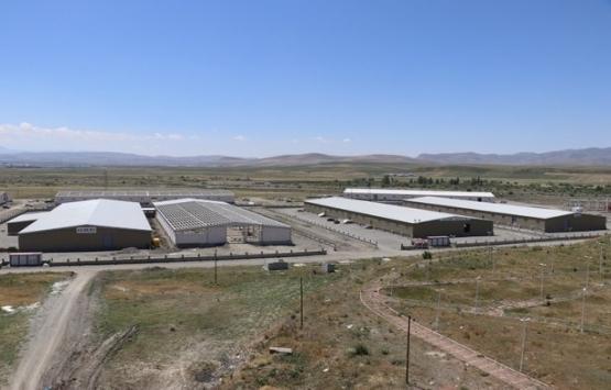 Ağrı Tekstilkent'te fabrikalar hızla yükseliyor!